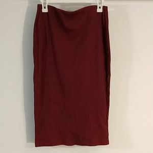 Old Navy- stretchy pencil skirt- maroon- sM (0123)